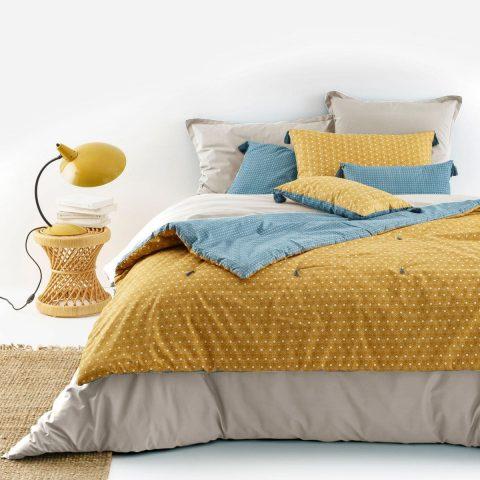 Housse de coussin et oreiller jaune et bleu